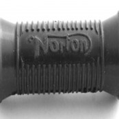 Kickstart Rubber - NORTON  Norton kickstart rubbers with logo (singles and twins)